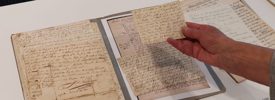 Donation of letters describing an 18th-century voyage between the Netherlands and the Dutch East Indies